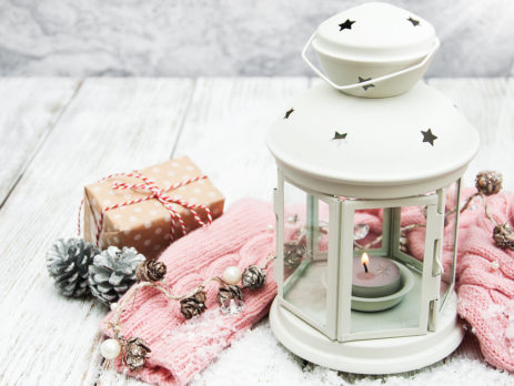 CANDLE LANTERN - CHRISTMAS DECK DECOR IDEAS BY TUFDEK