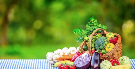 BASKET OF VEGETABLES ON A TABLE - TUFDEK