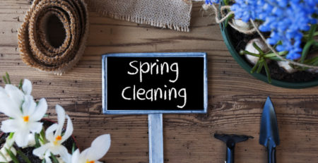 IMAGE OF SPRING CLEANING SIGN ON WOODEN TABLE - TUFDEK
