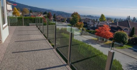 TUFDEK VINYL DECKING INSTALLATION WITH VINYL AND GLASS RAILING