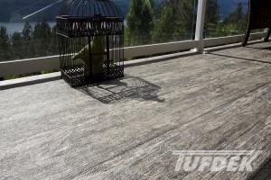increasing vinyl deck curb appeal