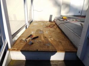 vinyl deck safety tips