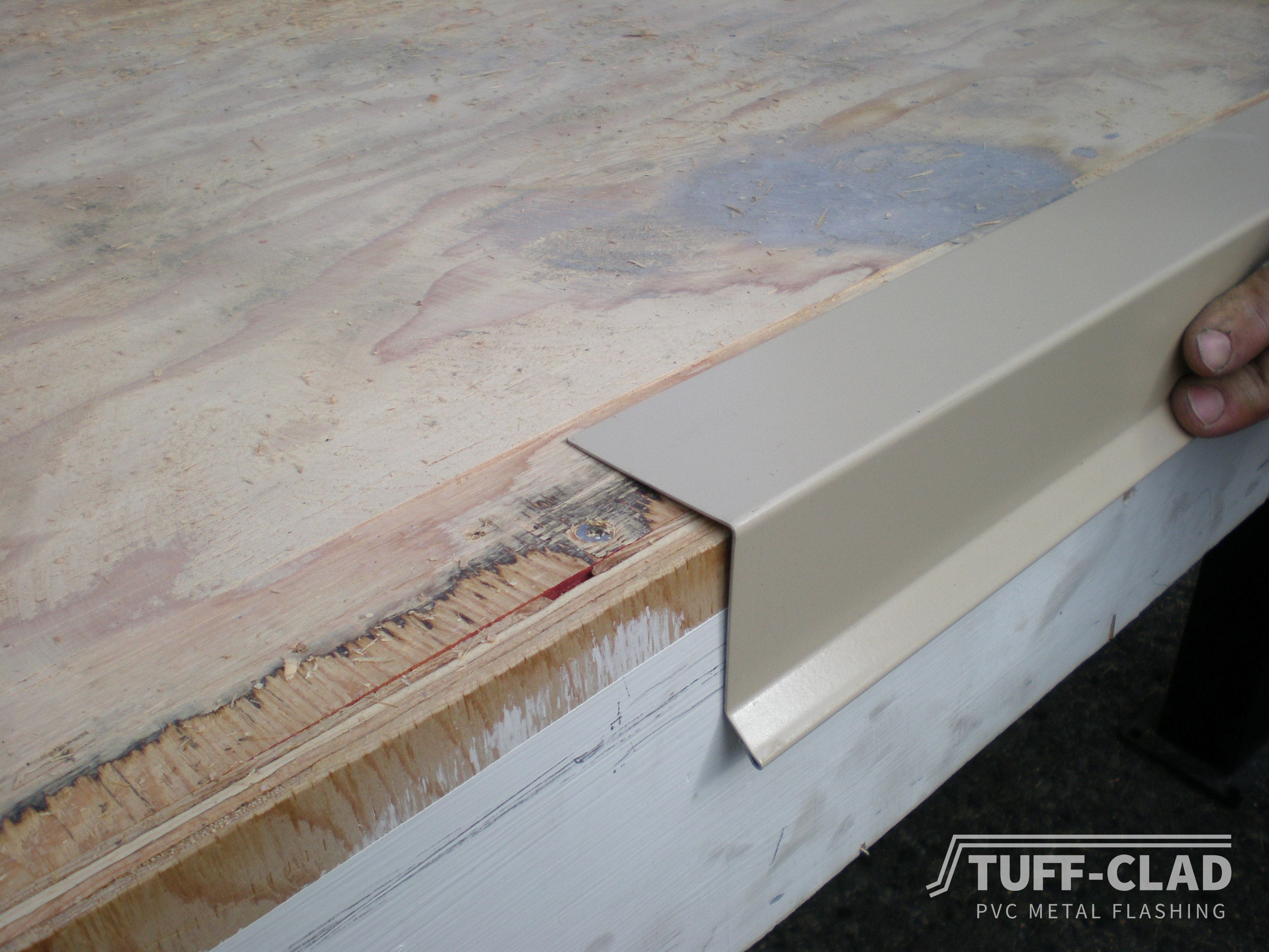 Tuff Clad Pvc Metal Flashing For Vinyl Decking By Tufdek