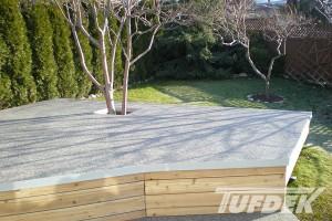 choosing a vinyl deck or patio
