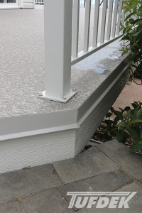 floating versus fixed vinyl deck