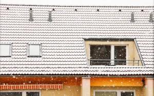 preparing a vinyl roof deck for winter
