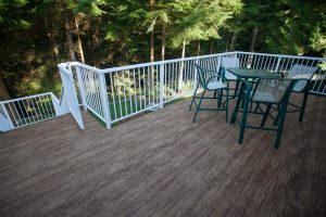 vinyl decking to reduce wood maitenance