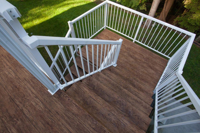 tips planning a vinyl deck renovation