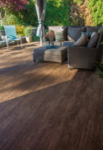 vinyl deck privacy tips