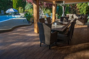 choosing vinyl patio decking