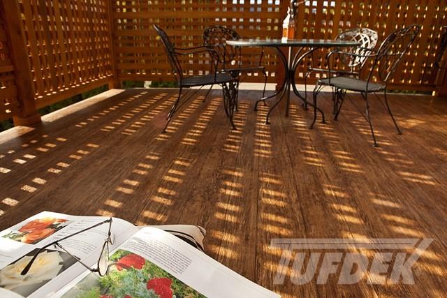 benefits of vinyl patio decking